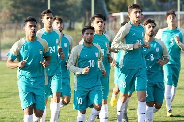 تیم جوانان برای جام جهانی کوچک آماده می شود