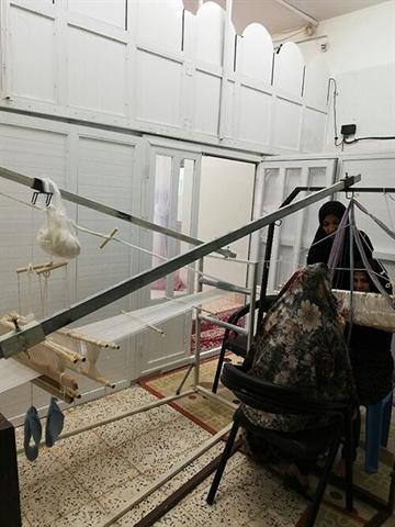راه اندازی کارگاه فرت بافی در بنیاد تعاون زندانیان کاشمر