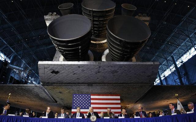 ترامپ بخش فرماندهی فضایی دوران جنگ سرد را احیا کرد
