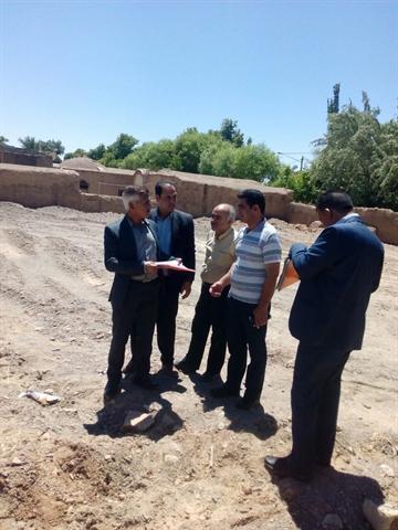 بازدید مدیرکل میراث فرهنگی خراسان جنوبی از طرح های گردشگری در حال ساخت فردوس
