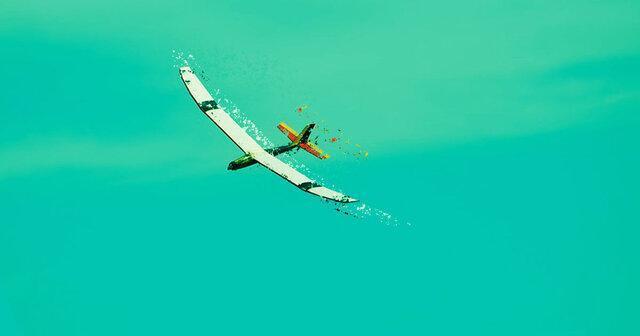 هواپیمای بدون سرنشینی که در معرض نور ناپدید می گردد