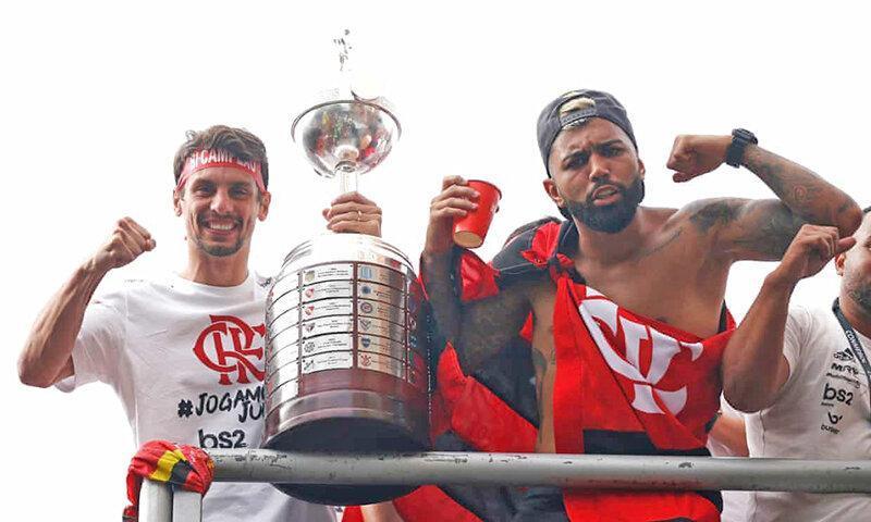 دوگانه تاریخی برای فلامینگو ، بزرگ ترین جشن قهرمانی طرفداران فوتبال در ریو
