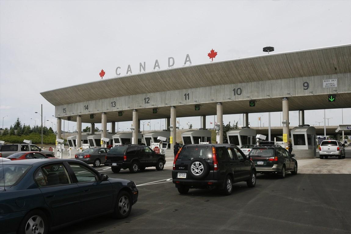 مرز های کانادا و آمریکا همچنان بسته می ماند
