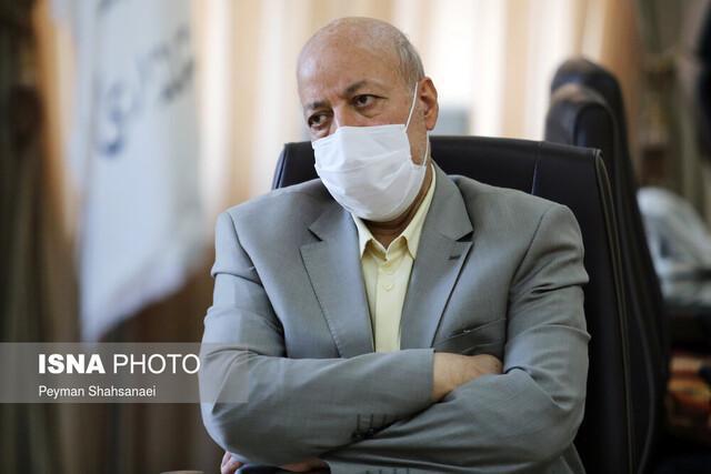 استاندار اصفهان خواستار شد؛ تست رایگان کووید 19 برای متصدیان بخش مسافر