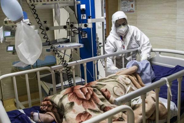 ایران در شرایط خطرناکی از نظر شیوع کرونا واقع شده است